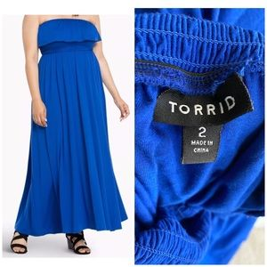 Torrid sz 2 Strapless Smocked Maxi Dress